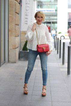 A fashion blog for women over 40 and mature women   Blouse: Giambaparis Pants: Zara Sandals: Ugg Australia Bag: Gucci