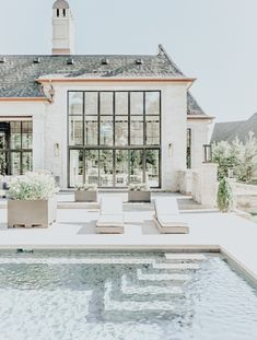 Paint your pool white and wow! - Design Exterior dream homes luxury