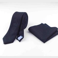 Skinny tie & pocket square