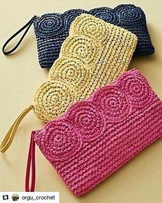 """2,130 Beğenme, 23 Yorum - Instagram'da Nesrin Tabanoğlu (@nesrintabanoglu): """"👉@orgu_crochet @orgu_crochet 👈SİPARİŞ VEREBİLECEĞİNİZ Beğeniyle takip edebileceğiniz bir sayfa 🍃🌹🍃"""""""
