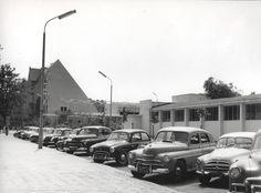 Zdjęcie numer 7 w galerii - Gazowe latarnie, brydż na plaży, warszawy na ulicach - Sopot w latach 50. i 60. [ZDJĘCIA]