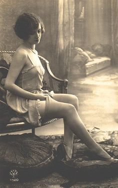 I wish I had naughty pictures of my ancestors that looked like this...