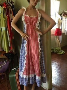 Looking for that last minute 4th of July outfit? We have are mannequins ready for the celebrations stop by and see us we are open daily till 5:30pm   www.vintageclothin.com   #red#white #blue #4thjuly #independanceday #celebrations #vintage #vintageclothin #vintageshop #vintagestore #vintageseller #vintageclothing #skirts #top #dresses #vintagedress #vintageskirt #vintagetop