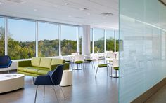 Keilhauer :: Cahoots Relax and Loon chairs