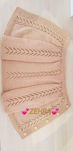 """This post was discovered by ber """"This post was discovered by Оль"""", """"This post was discovered by Sonia Solis. Discover (and save!) your own Posts on Uni Cardigan Bebe, Knitted Baby Cardigan, Knit Baby Sweaters, Baby Pullover, Knitted Hats, Baby Dress Patterns, Baby Knitting Patterns, Knitting Designs, Knitting Stitches"""