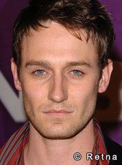 Josh Stewart. Handsome. Just something about those sleepy eyes and that Louisiana drawl that gets me every time. Love when he's on Criminal Minds! I also loved him in The Collector and Beneath The Dark :)