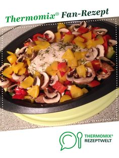 Ein Thermomix ® Rezept aus der K… Chicken and vegetable pan by sweettwentyseven. A Thermomix ® recipe from the main course with vegetables category www.de, the Thermomix® Community. Healthy Chicken Recipes, Easy Healthy Recipes, Meat Recipes, Slow Cooker Recipes, Crockpot Recipes, Dinner Recipes, Vegetable Stir Fry, Vegetable Recipes, Kids Meals