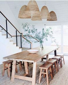 60 Easy Rustic Farmhouse Dining Room Makeover Ideas - Page 3 of 60 - Choti Decor Decoration Inspiration, Dining Room Inspiration, Decor Ideas, 31 Ideas, Layout Inspiration, Dining Room Sets, Dining Room Design, Dining Area, Modern Dining Rooms