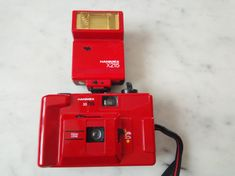 Appareil photo Hanimex ancien #photo #photographie #camera #vintagedecor #vintage #80s Polaroid, Vintage Decor, Nintendo Consoles, Vintage Photos, Brickwork, Polaroid Cameras, Vintage Ornaments