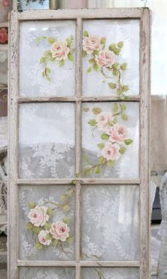 Many DIY enthusiasts find decoupage projects are enjoyable on top of budget-friendly. The decoupage projects are an easy method to give a fresh look to your old furniture. The result of decoupage furn Shabby Chic Frames, Shabby Chic Style, Shabby Chic Decor, Shabby Chic Curtains, Shabby Chic Bedrooms, Small Bedrooms, Guest Bedrooms, Master Bedroom, Repurposed Furniture