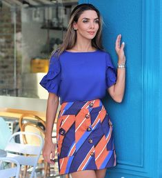 Mistura de tons elegante para esse domingo { Look Lançamento Preview Fortina } por @ingridfgiovinazzo Business Casual Outfits, Casual Summer Outfits, Shirt Skirt, Blouse And Skirt, Moda Outfits, Moda Chic, Jumpsuit Pattern, Short Tops, African Wear