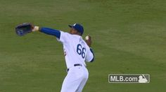Watch Yasiel Puig's clutch 11th-inning throw catch Brandon Belt at home