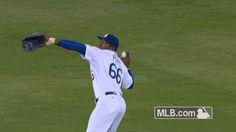 Watch Yasiel Puig's clutch 11th-inning throw catch Brandon Belt at home