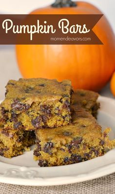 Delicious Pumpkin Chocolate Chip Bars – Mom Endeavors (use vegan butter and omit egg. Pumpkin Bars, Pumpkin Spice, Pumpkin Pumpkin, Pumpkin Carving, Pumpkin Brownies, Pumpkin Cookies, Pumpkin Squares, Pumpkin Pancakes, Vegan Pumpkin
