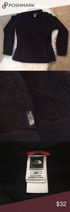 {The North Face} 1/4 Zip Fleece {The North Face} 1/4 Zip Fleece. Size: M, but best fits a size small. Color: Black; Soft, fuzzy, and warm. Kangaroo pocket. EUC North Face Tops Sweatshirts & Hoodies