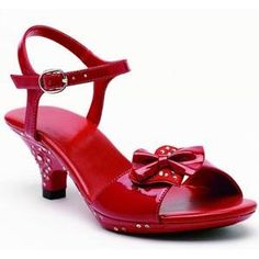Red high heels for my junior bridesmaids. Girls High Heel Shoes, High Heels For Kids, Very High Heels, Dress Up Shoes, Shoes Heels, Strap Heels, Little Girl Shoes, Girls Dress Up, Childrens Shoes