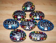 Hand-Painted-personalised-Pet-Memorial-stone-pebble-ornament-tribute-stars