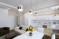 Apartament de 60 mp cu 2 camere în nuanțe de bej-maro - Edifica Design Case, House Design, Interior Design, Modern, Kitchen, Table, Furniture, Living Rooms, Home Decor