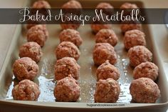 Baked Meatball Parmigiana - Hugs and Cookies XOXOI will use pork rind mixture instead of the bread crumbs to make this a low carb recipe. Meat Recipes, Low Carb Recipes, Cooking Recipes, Recipies, Meatball Recipes, Dinner Recipes, Beef Dishes, Food Dishes, Main Dishes