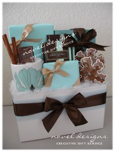 Holiday Surprise Gift Basket.  Novel Designs Executive Gift Service of Las Vegas specializing in creating & delivering unique, custom designed gift baskets for everyday occasions and corporate events.  #Holiday #Seasonal #GiftBaskets #LasVegas
