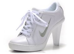 """(these are pinned on someone's """"YES PLEASE"""" album...) Nike High Heels...are you serious?"""