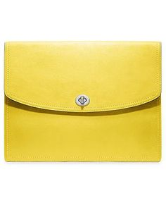This buttery yellow iPad case would be a gorgeous gift for Christmas http://thestir.cafemom.com/technology/164204/5_most_insanely_pretty_ipad?utm_medium=sm&utm_source=pinterest&utm_content=thestir