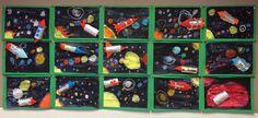 Ben je op zoek naar een leuk knutsel thema dat met ons heelal te maken heeft? De juf van mijn zoon heeft samen met de klas deze enorm leuke ruimte muur gemaakt. Zo maak je de raket en het zonnestelsel:… Lees meer › Space Crafts For Kids, Crafts To Do, Art For Kids, Space Theme Classroom, Solar System For Kids, Space Projects, Ecole Art, Preschool Curriculum, Cardboard Crafts