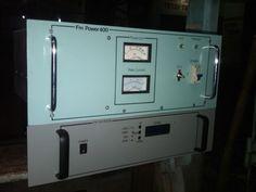 Pemancar FM 300 - 500 WATT
