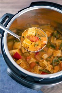 Thai panang curry , vegetable panang curry Thai Panang Curry, Panang Curry Recipe, Panang Curry Paste, Curry Recipes, Crockpot Recipes, Favorite Recipes, Great Recipes, Delicious Recipes, Good Food