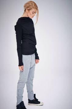 Goutte gris entrejambe pantalon / Grey pantalon de Yoga / menu bas pantalon gris en coton / Sarouel par AryaSense en vrac / PDC13LG par AryaSense sur Etsy https://www.etsy.com/ca-fr/listing/209360779/goutte-gris-entrejambe-pantalon-grey
