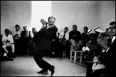 Arabische Hochzeit, Majd el Kurum, Israel, 1967, photo: Leonard Freed