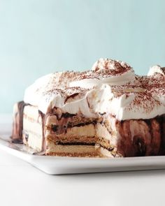 Fudgy Ice Cream Cake - Graham crackers provide a little structure for the lovely goopy-droopy fudge. Recipe...http://www.marthastewart.com/903073/fudgy-ice-cream-cake