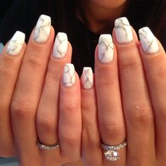 Stunning marble nails, done entirely in gel polish at @missfroufroubeauty