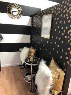 carmodification Get Organized You're a grown-up now; Home Beauty Salon, Home Nail Salon, Nail Salon Decor, Beauty Salon Decor, Salon Interior Design, Salon Design, Esthetics Room, Beauty Room Decor, Lash Room