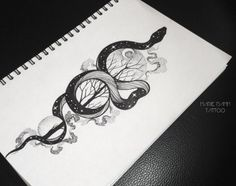 27 New ideas for tattoo snake drawing art Mandala Tattoo Design, Tattoo Designs, Tattoo Design Drawings, Tattoo Sketches, Rose Tattoos, Black Tattoos, Body Art Tattoos, Sleeve Tattoos, Snake Sketch