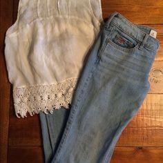 Hollister Jeans Light Wash Hollister Jeans Light Wash. Brand new condition! Hollister Jeans Skinny
