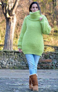 Designer Green Hand Knit Wool non Mohair Sweater Ribbed Pullover EXTRAVAGANTZA #EXTRAVAGANTZA #TurtleneckMock