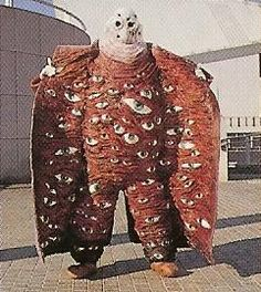 strange conceptual art work or weird and freaky halloween costume , I dont know but the eyes have it really odd stuff MMPR monsters: See Monster Textiles, Dark Fantasy, Wooly Bully, Japanese Monster, Foto Art, Weird And Wonderful, Costume Design, Les Oeuvres, Wearable Art