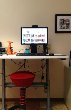 Standing Desk: Wonderful electric height adjustable standing desk! Thanks to @Ben Silbermann Silbermann! #Desk #Standing_Desk #Adjustable #Electric