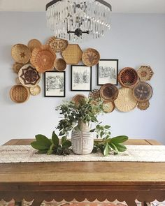 basket gallery wall collage Rustic Gallery Wall, Gallery Wall Bedroom, Modern Gallery Wall, Gallery Walls, Stair Gallery, Wall Collage, Photo Galleries, Basket, Living Room