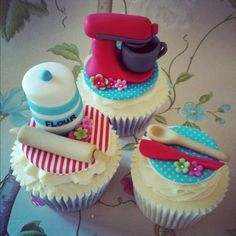 KitchenAid Baking Theme Cupcakes - by Summerhill @ CakesDecor.com - cake decorating website❤❤❤