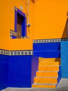 Colorful Building with Ornate Tile, Guanajuato, Mexico Photographic Print