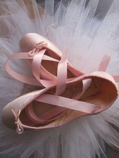DANUSHAROSE Vintage Magical Baby Ballerina Softest Pink Satin Capezio Pavlova Ballet Pointe Toe Shoes via Etsy/ the dancer dreams.