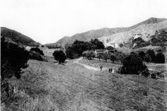 Coldwater Cañon in 1910. Courtesy of the Beverly Hills Public Library Historical Collection. | vintage photos of Los Angeles