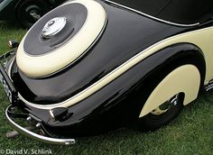 A Portfolio of Art Deco Cars by David B. Schlink