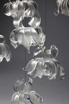 Eventhough,cold meterial-Acrylic sheet are used , Chrysanthemum Chandelier is shown a creative ,a delicate,and an elegance face as organic shapes by bent. Lamp Light, Light Up, Lights Fantastic, Large Chandeliers, Acrylic Sheets, Organic Shapes, Pendant Lamp, Interior Styling, Lighting Design