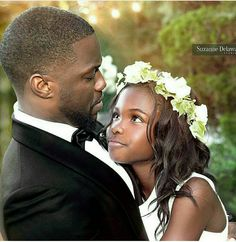 Kevin Hart With His Daughter She is Beautiful and this ninja said he doesn't want to have children with dark skin women again that's some self hatred right there and to think both of his parents were dark WOW Black Fathers, Fathers Love, Daddys Little Girls, Daddys Girl, Baby Daddy, Beautiful Family, Black Is Beautiful, Beautiful People, Black Celebrities