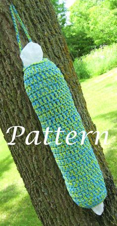 PDF Grocery Bag Holder PATTERN- Crochet    Use this pattern to make your own Grocery Bag Holder and keep it in your pantry or kitchen to
