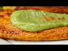 Chili Lime Tilapia With Avocado Cream Sauce Will Change How You Feel About Fish - One Country Avocado Cream Sauces, Avocado Crema, Tilapia Recipes, Fish Recipes, Top Recipes, Cooking Recipes, Cooking Ideas, Nutella, Chili Lime Shrimp