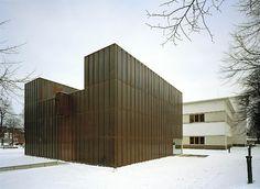 Vaasa City Library, Vaasa, Finland - Lahdelma & Mahlamäki Architects Multipurpose Hall, Side Extension, City Library, Public Service, Finland, Architects, Old Things, Building, Home Decor